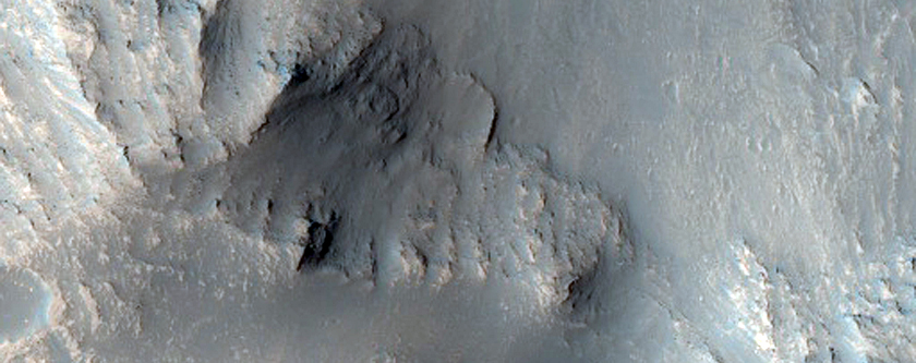 Layers on Floor of West Candor Chasma