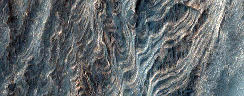Very Fine Layers in Juventae Chasma