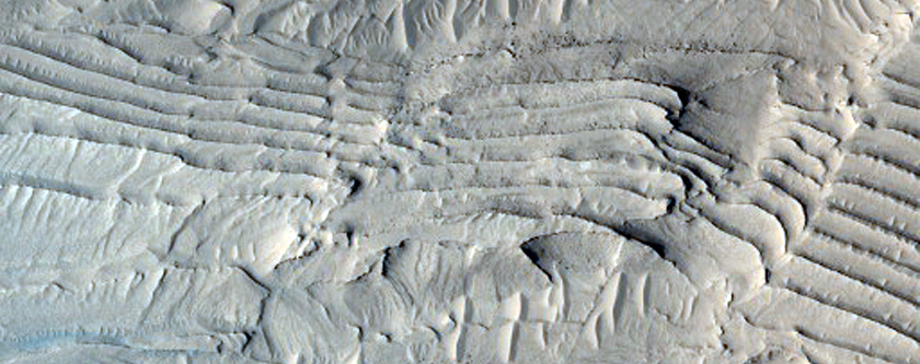Faulted Layers in Impact Crater in Meridiani Planum