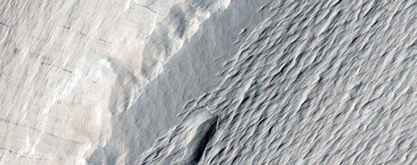 Mantled Central Uplift in Nicholson Crater