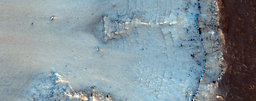 Small Valley of Valles Marineris