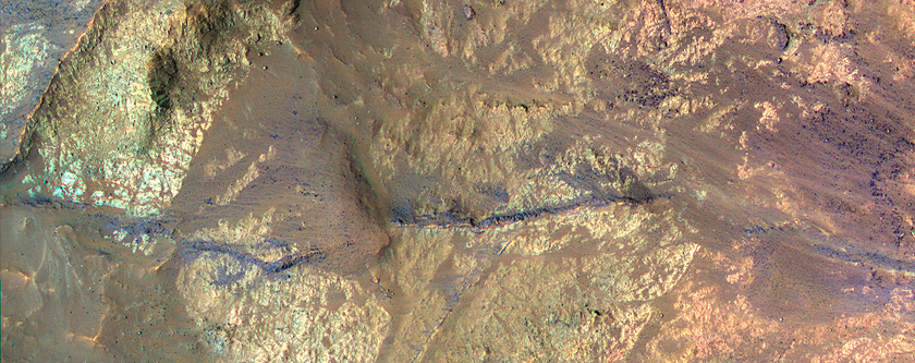 Light-Toned Materials on the Floor of Coprates Chasma