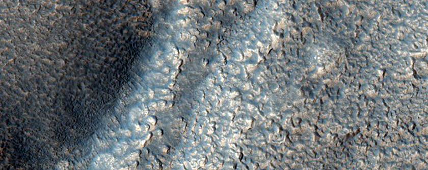 Fine Textures Near Headwaters of Warrego Valles