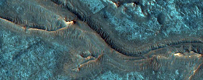 Inverted-Relief Channels Near Juventae Chasma