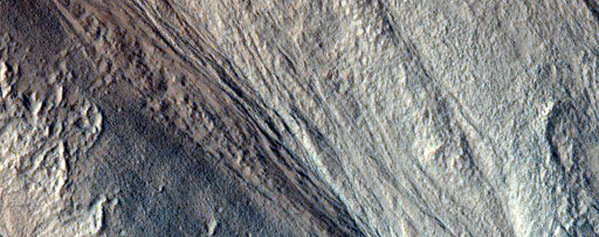 Gullies Near the Head of Dao Vallis