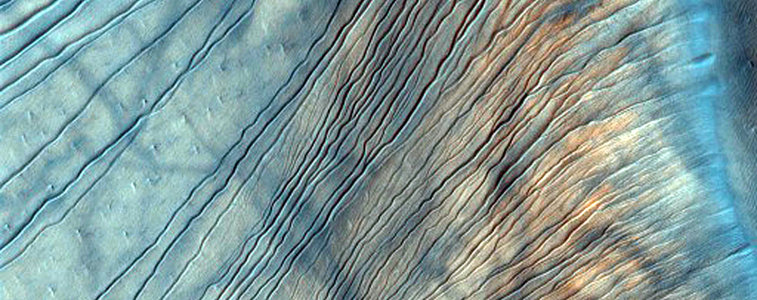 Russell Crater Dunes, Defrosted