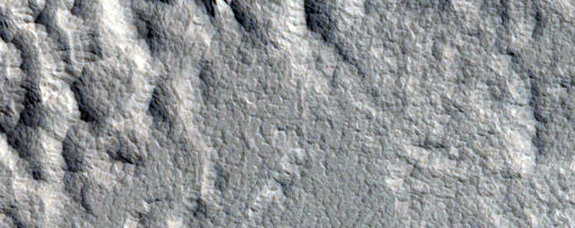 Unnamed Fresh Crater Northeast of Ascraeus Mons