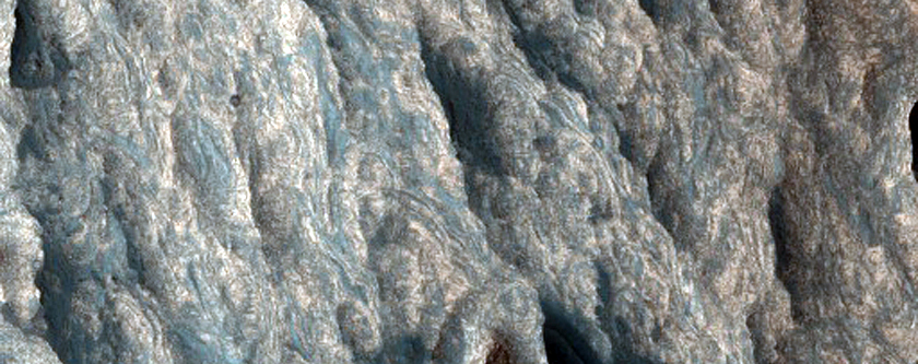 Bright Fine Layers in Juventae Chasma
