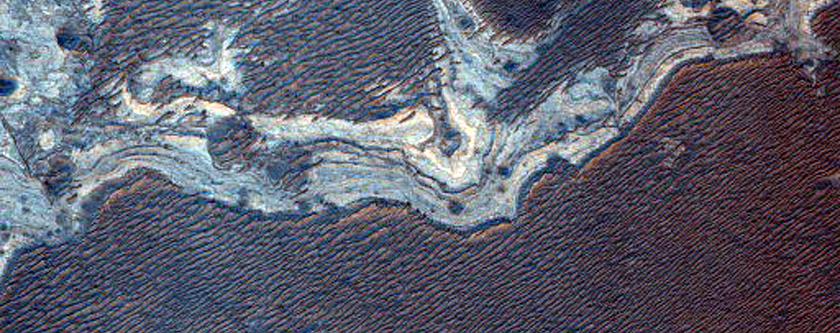 Light-Toned Layering along Plains South of Ius Chasma