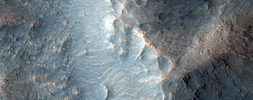 Layers Exposed in Central Peak-Pit of Unnamed Crater