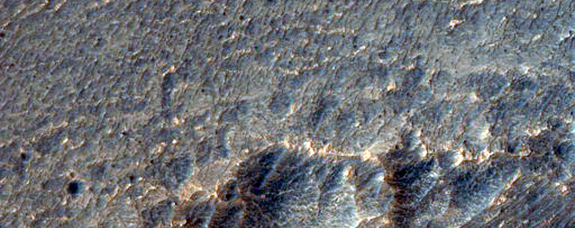 Layering and Faulting in Layered Deposits in Candor Chasma