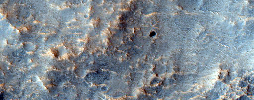 Large Ejecta Block and Double-Layer Boundary of Yalgoo Crater
