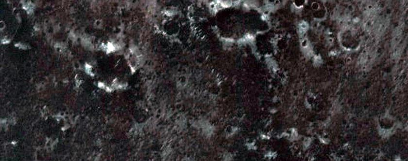 Dunas numa cratera ao oeste de Arabia Terra