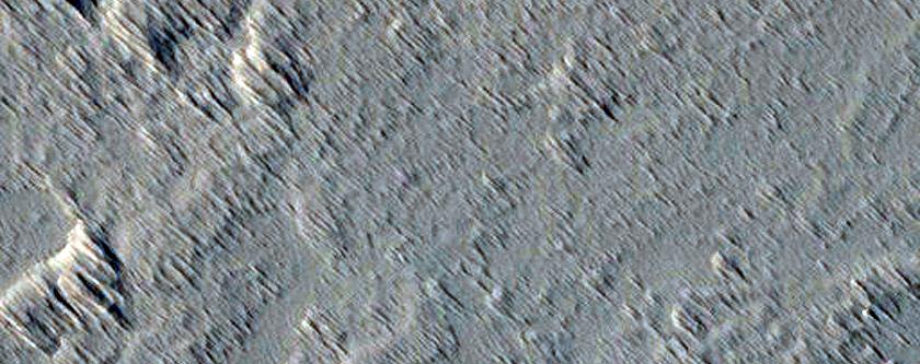 Proximal Section of a Long Lava Flow Near Ascraeus Mons