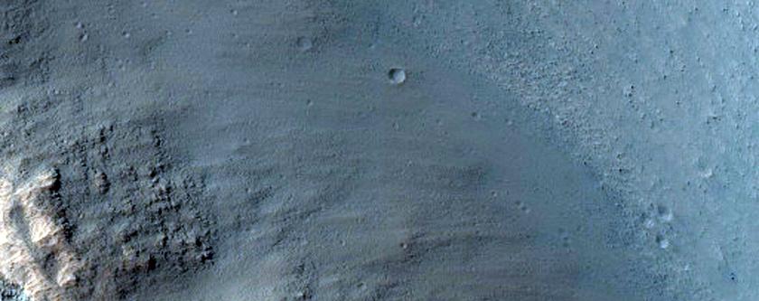 Good Exposure of Wallrock in Tithonium Chasma
