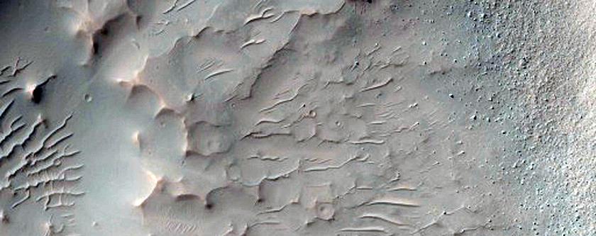 Fading Rayed Crater in Daedalum Planum