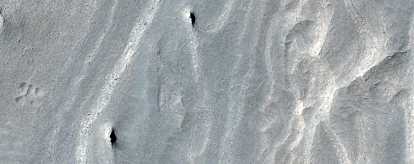 Faulted Layered Deposits in Ophir Chasma