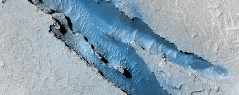 Cerberus Fossae Fissures