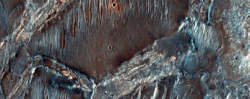 Stratigraphy of Phyllosilicate Rocks Northwest of Nili Fossae