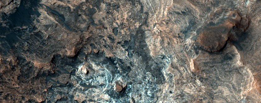 Mawrth Vallis Crater Stratigraphy