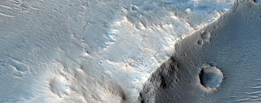 Rugged Terrain and Albedo Boundary Near Acidalia Region
