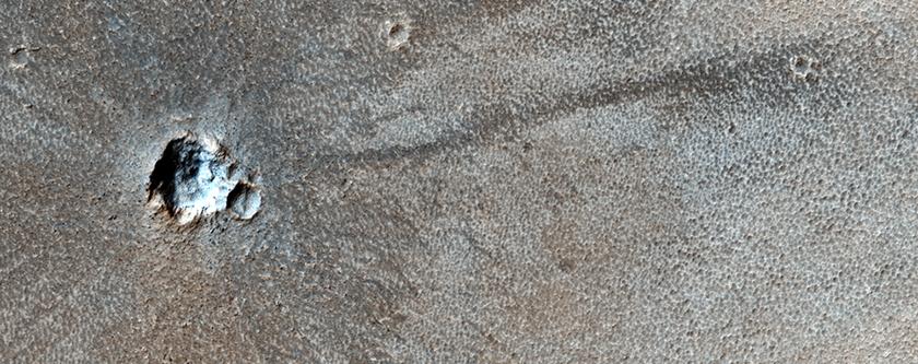 Cratere da impatto molto recente