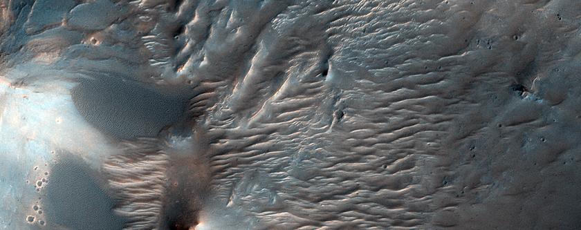 Dune e ondulazioni in Valles Marineris