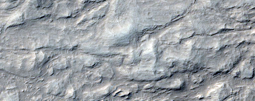 Layers in Gale Crater Just West of MSL Landing Site