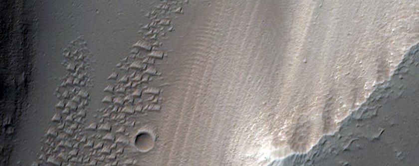 Trough in Noctis Fossae