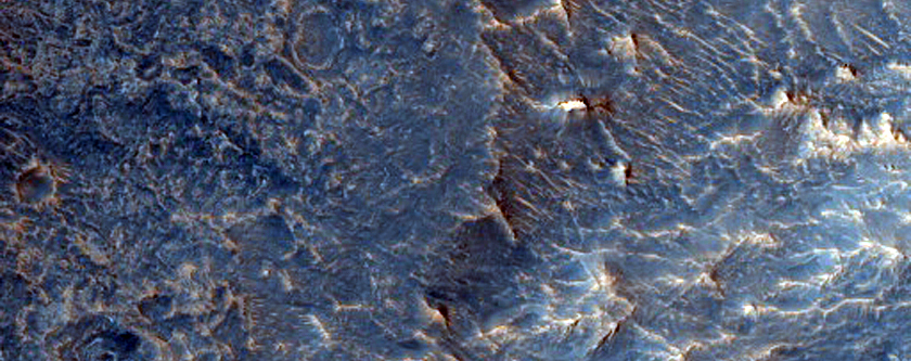 Central Uplift of an Impact Crater in Western Arabia Terra