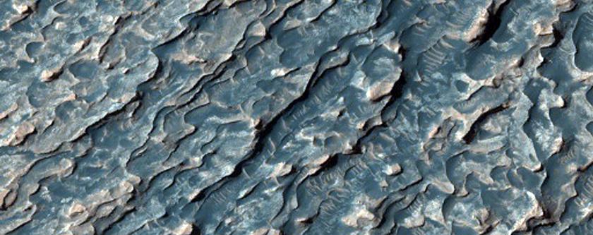 Layers in Western Arabia Region Crater
