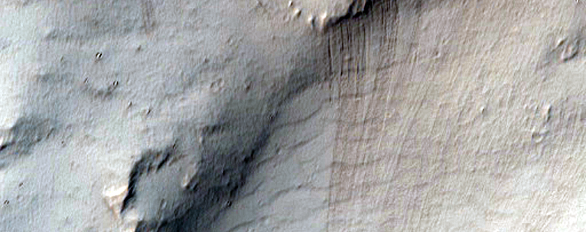Wall of Noctis Labyrinthus