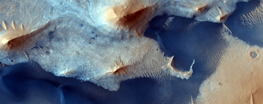 Central Deposits in Pasteur Crater