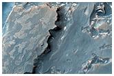 Crommelin Krateri'nin stratigrafisi