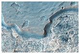Warstwy, wydmy i klify w Hydrae Chasma