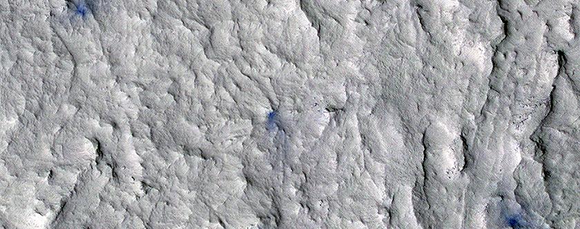 Больше снимков ударных кратеров от MSL
