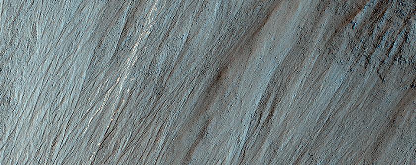 Φωτεινά Ίχνη από Βράχους που Αναπηδούν και Κατρακυλούν