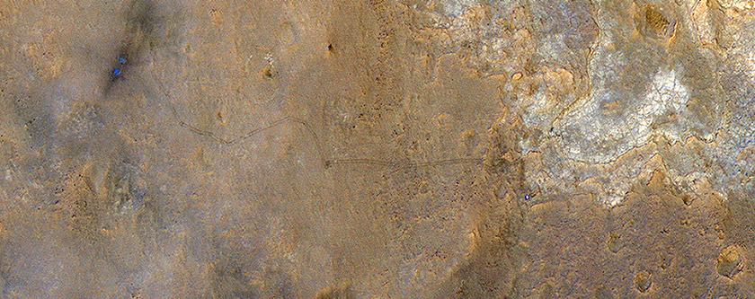 Una vista única del rover Curiosity en Yellowknife Bay