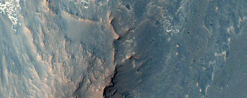 Contact between Wall Rock and Light-Toned Deposits in Ophir Chasma