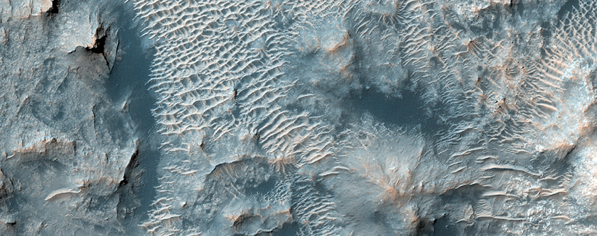 Central Uplift of Crater in South Meridiani Region
