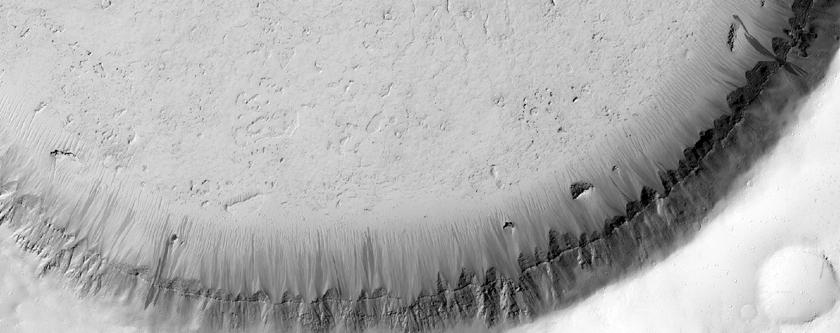 Κρατήρας γεμάτος με υλικό κοντά στην Κοιλάδα Athabasca