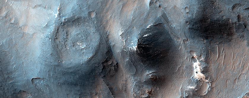 Recent Volcanism in Valles Marineris