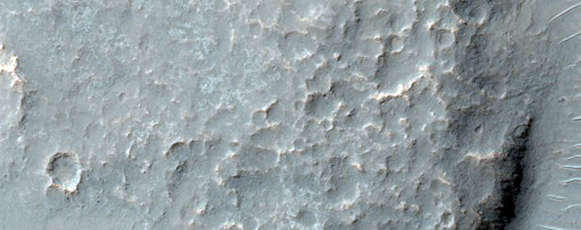 Concentric Graben South of Melas Chasma