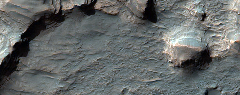 Discontinuous Sinuous Ridge North of Hellas Region
