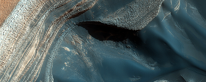 Blockfall on the North Polar Layered Deposits