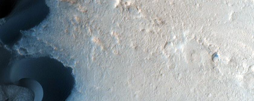 Dune Change in Arabia Region Crater