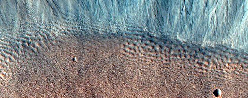 Crater in Acidalia Planitia
