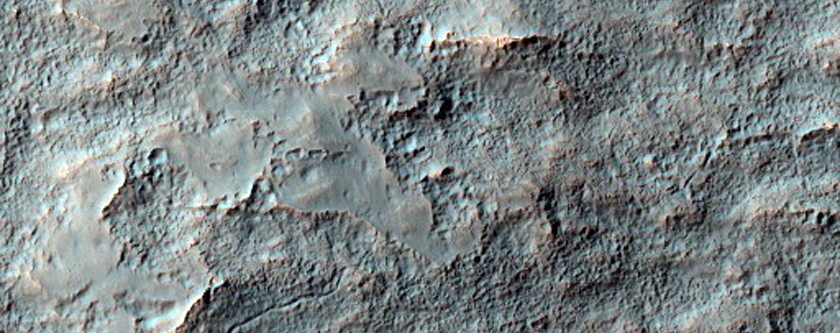 Small Crater with Possible Gullies in Terra Sirenum