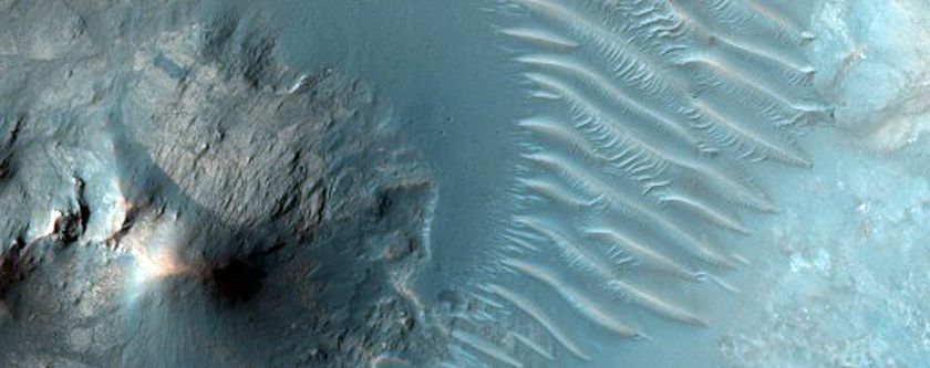 Central Uplift and Dunes in Hesperia Region