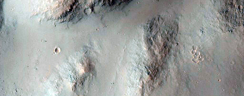 Land Mass Transition in South Ganges Chasma